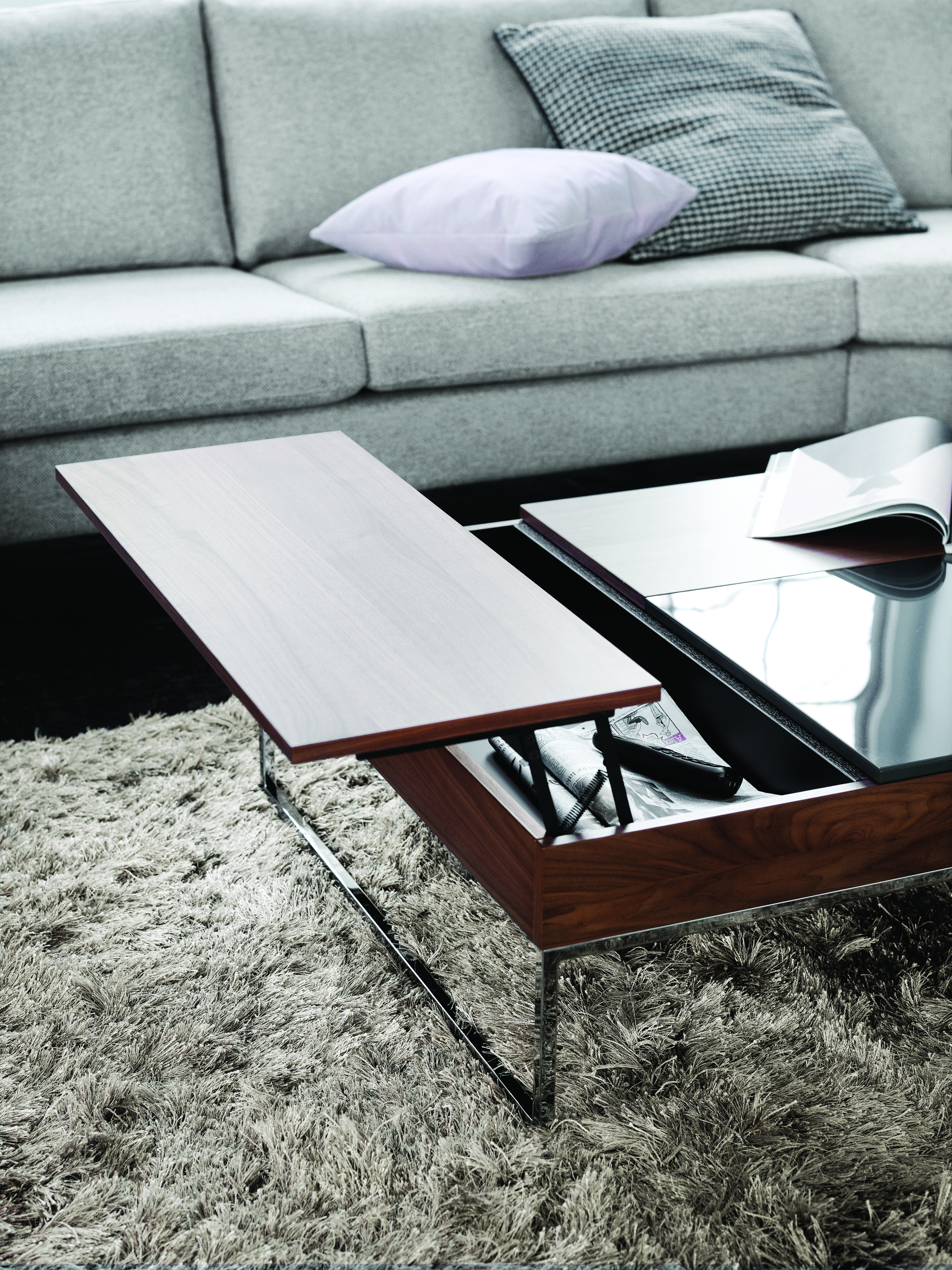 Boconcept Occa Side Table : the table top may work as an adjustable table top